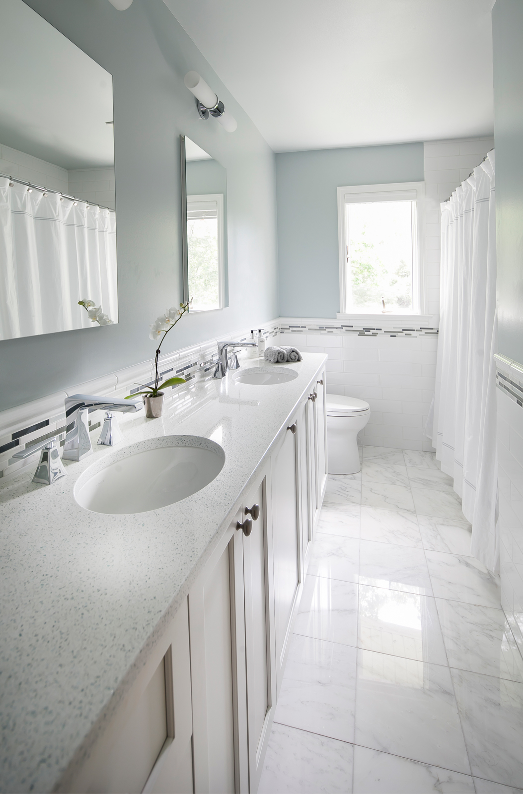 New-Rochelle-Contemporary-Baths_02_Web