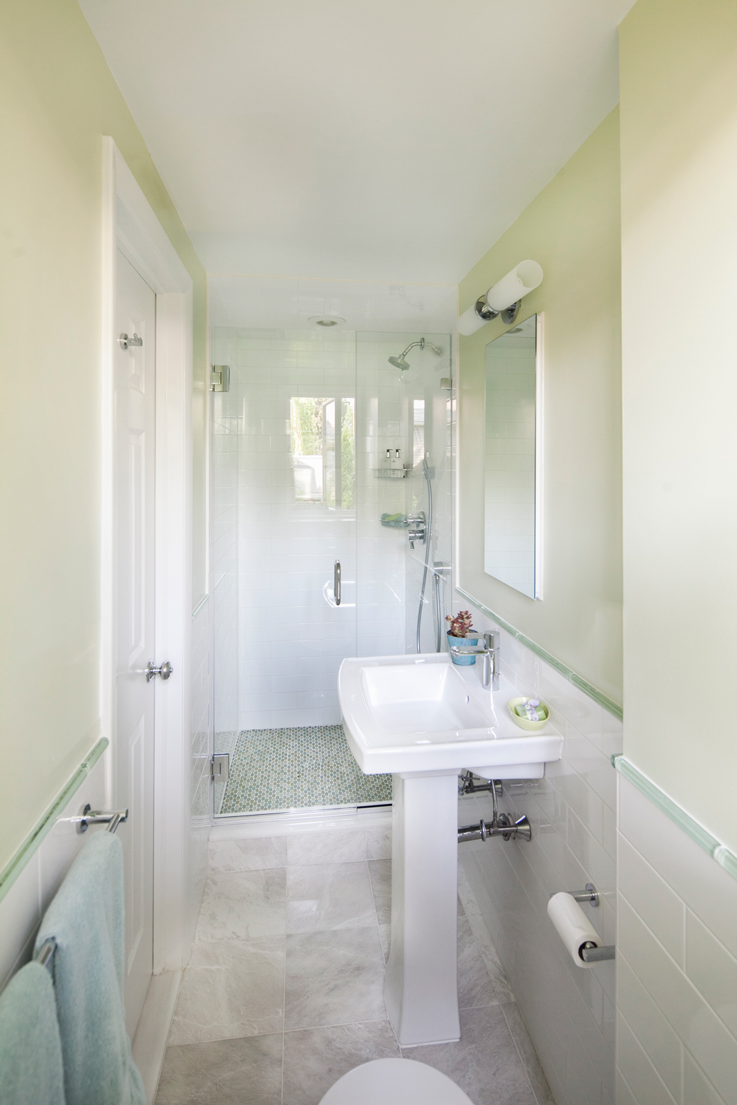 New-Rochelle-Contemporary-Baths_06_Web